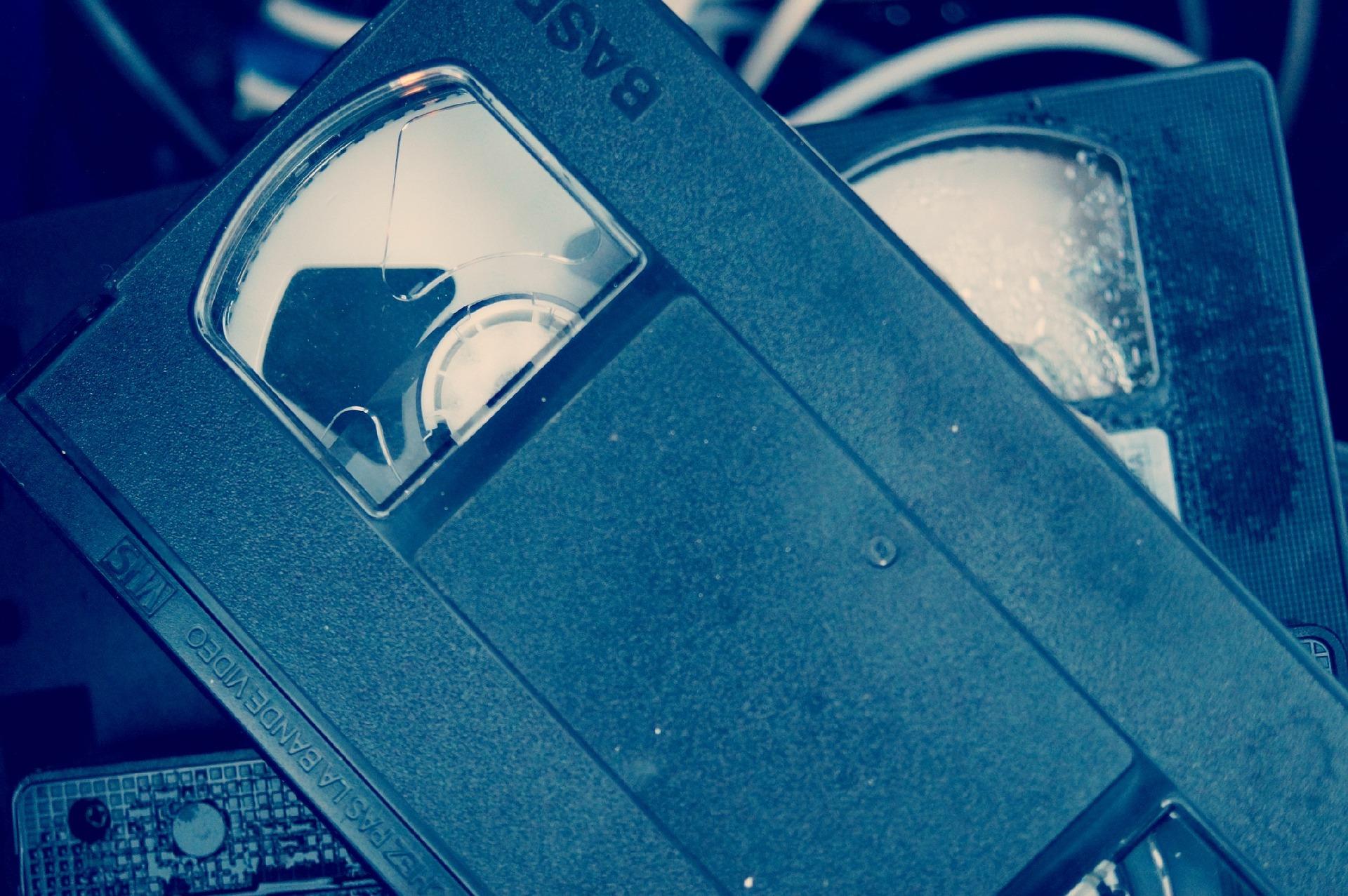 Digitalisierung von Audio-Kassetten u. Videoaufnahmen (VHS, VHS-C, Hi-8 etc.)